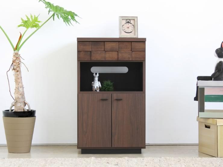 日本の近代居住スペースに映えるシンプルモダンなデザインです。