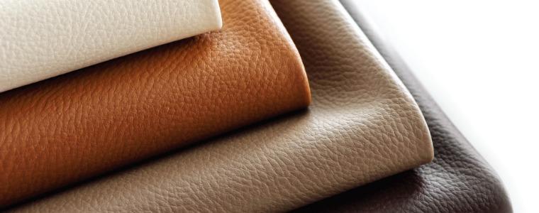 4種のグレードの異なる牛・本皮革(バティック/コリー/パロマ/ノブレス)を使用しています。