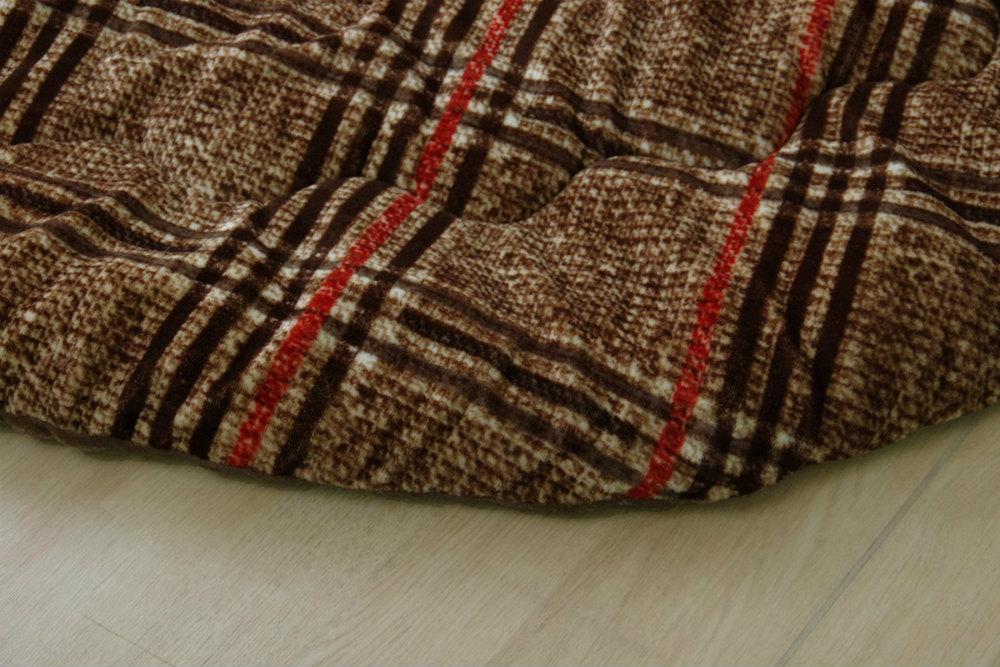 シンプルなチェック柄がかわいい!ふんわりやわらかなチェック柄こたつ掛け布団 円形 丸 単品