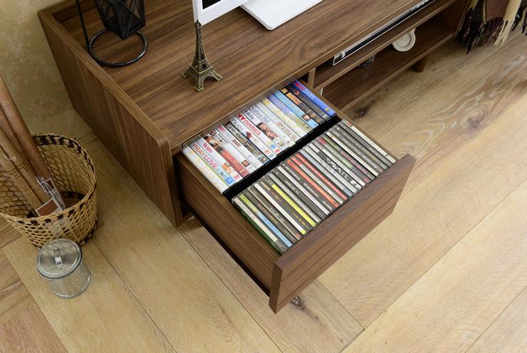 収納目安CD50枚、DVD18枚